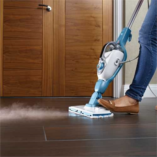 Black and Decker - 171  Steam Mop   SteaMitt - FSMH1321JMD
