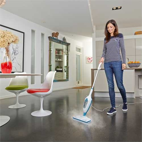 Black and Decker - 1300W 51  SteamMop - FSMH13E5